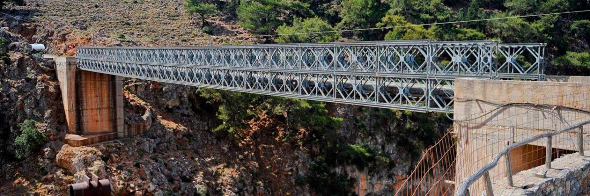 Прыжки с высоты на Крите (фото 1)